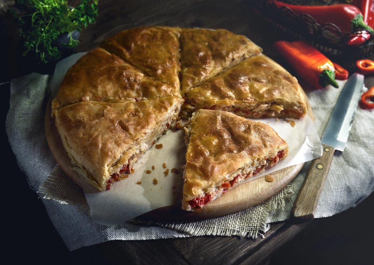 Verga Παραδοσιακή Χειροποίητη Τυρόπιτα με κόκκινη πιπεριά Φλωρίνης